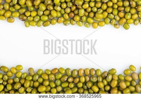Peas Mash. Mung Bean. Mung Bean Seeds Closeup