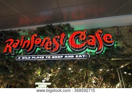 Las Vegas, Nevada, Usa - May 20, 2020: Exterior Of The Rainforest Cafe In Las Vegas. The Restaurant