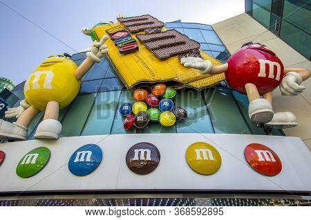 Las Vegas, Nevada, Usa - February 19, 2020: Exterior Of The M And M's Store In Las Vegas. The Store