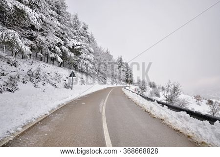 curve road mountains crosses forest snow covered to Nebrodi Mountains Of Sicily nature landmark landscape