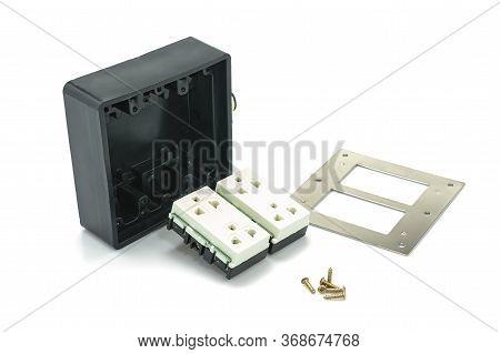 Power Outlet Assembly, Heavy Duty Shockproof Rubber Box, Universal Socket 3 Legs Plug, Brass Screw,