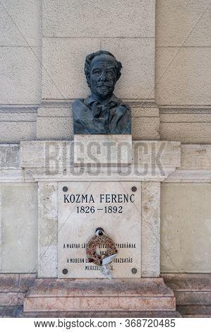 Budapest, Hungary - Feb 8, 2020: Bronze Bust Of Ferenc Kozma On Linestone Wall Near Kossuth Square