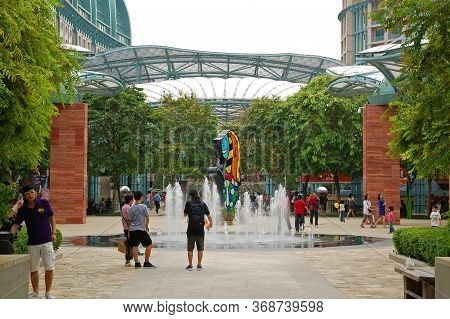 Sentosa, Sg - April 5 - Water Fountain Attraction On April 5, 2012 In Sentosa, Singapore.