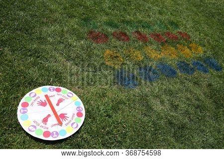 Kids Festival . Children Play . Twister Body Games . Twister Body Games . Funny Twist The Body Game