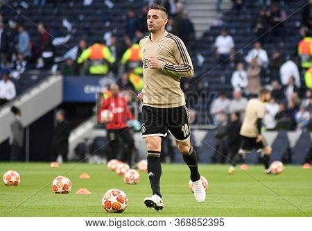 London, England - April 30, 2019: Dusan Tadic Of Ajax Pictured Prior To He First Leg Of The 2018/19