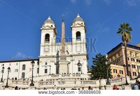 Rome, Italy. October 13, 2019. Church Of The Santissima Trinita Dei Monti With The Obelisco Sallusti