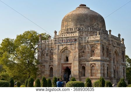 New Delhi, India, 2020. Sheesh Gumbad Islamic Tomb From The Last Lineage Of The Lodhi Dynasty In Lod