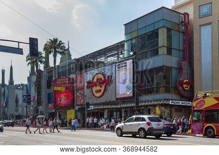 Los Angeles, Hollywood, Usa- 10 June 2015: Grauman Chinese Theater, Known And Branded As Tcl Chinese