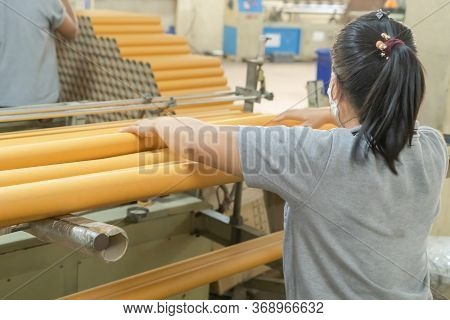 Paper Tube Cores, Steel Metal Machine Engine, Technology Manufacturer In Operation Process In Indust