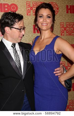 vLOS ANGELES - JAN 12:  Dan Bucatinsky, Bellamy Young at the HBO 2014 Golden Globe Party  at Beverly Hilton Hotel on January 12, 2014 in Beverly Hills, CA