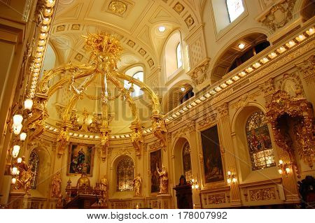 QUEBEC CITY - JAN. 24, 2010: Basilique Notre-Dame-de-Quebec in Old Quebec City, Canada.