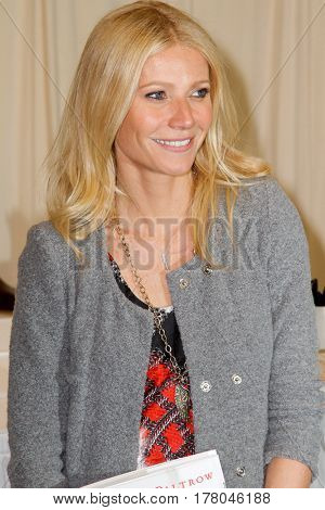 NEW YORK-APR 14: Actress Gwyneth Paltrow promotes her book 'My Father's Daughter: Delicious, Easy Recipes Celebrating Family And Togetherness' at Barnes & Noble on April 14, 2011 in New York City.