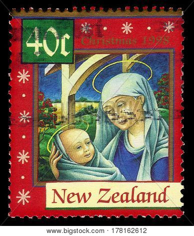 New Zealand - CIRCA 1998: A stamp printed in New Zealand shows Madonna and Child, series Christmas, circa 1998