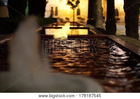 Agua, luz, noche, reflejos, aroma, sombras... andalucía