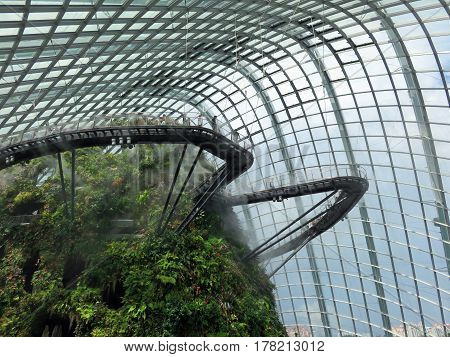 SINGAPORE ASIA - NOVEMBER 22: Cloud Forest Attraction Gardens by the Bay nature park November 22, 2014 in Singapore Bay Marina, Asia
