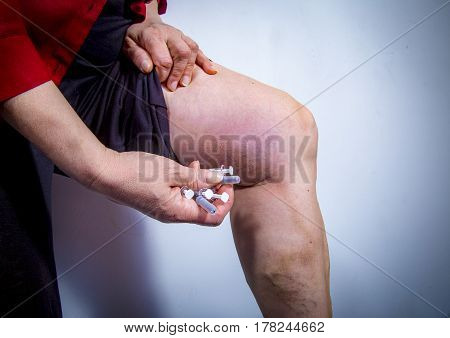 Self Injecting Medical Therapy