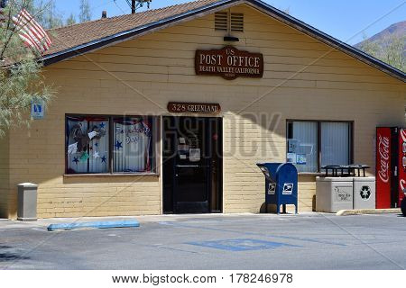 USA - july 11 2016 : the Furnace Creek ranch post office in the Death Valley National Park