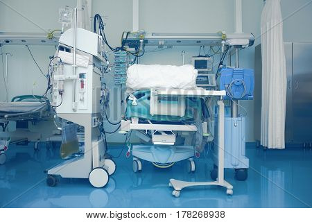 Medical room equipped for intensive care. Modern technology