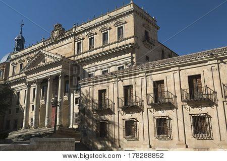 Salamanca (Castilla y Leon Spain): facade of historic palace known as Palacio Anaya