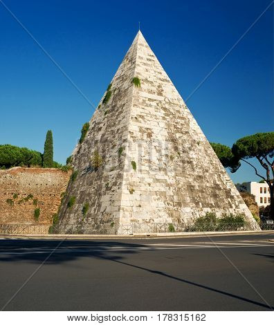 The ancient Pyramid of Cestius in Rome, Italy