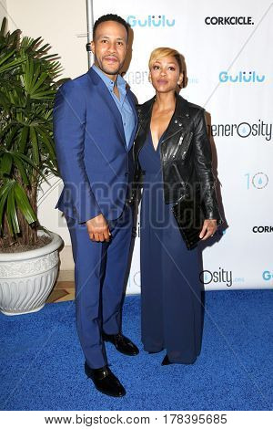 LOS ANGELES - MAR 21:  DeVon Franklin, Meagan Good at the Generosity.org Fundraiser For World Water Day at the Montage Hotel on March 21, 2017 in Beverly Hills, CA