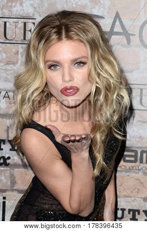 LOS ANGELES - MAR 16:  AnnaLynne McCord at the TAO, Beauty & Essex, Avenue and Luchini Grand Opening at the Selma Avennue on March 16, 2017 in Los Angeles, CA