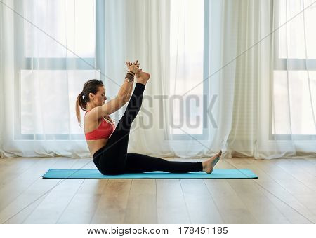Yoga Trainer In Asana