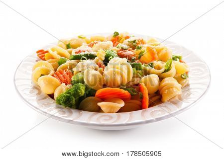 Pasta with colorful vegetables
