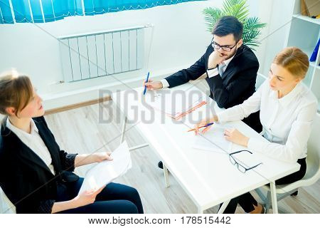 Two HR managers are conducting a job interview
