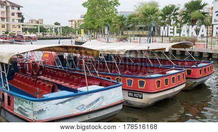 Sunggai Melaka, Malaysia - Mar 22: Port Of Sungai Melaka Or Sungay Melaka And The River For Tourist