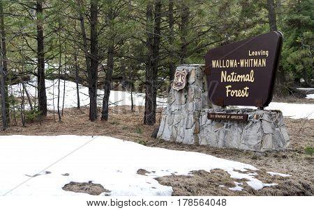 Wallowa Whitman Natinal Forest Entry Sign Boundary Oregon State USA