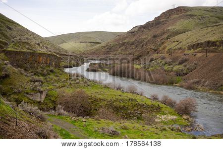 The Deschutes River cuts a path thru rock and earth heading out to the Columbia River