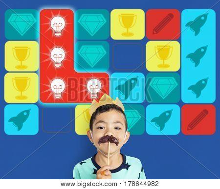 Lightbulb Spaceship Diamond Matching Game
