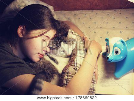 Teen Girl Hug Cuddle Cat In Bed