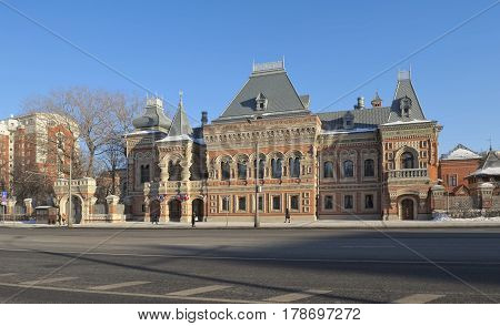 House of the merchant Igumnov built in 1888-1895 years in the pseudo-Russian style currently in the mansion is the residence of the French Ambassador in Moscow
