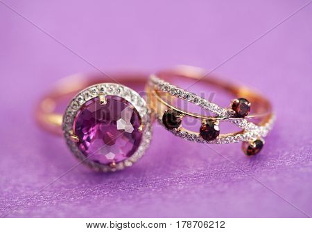 Elegant Jewelry Rings With Gem Stone