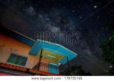 Chasinga stunning Milky Way in the night