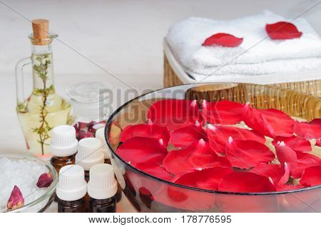Accessories For Manicure With Hand Bath