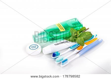 Oral Care Essential Products Tapered Toothbrush, Toothpaste, Mouthwash, Dental Floss
