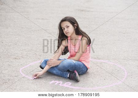 Personal space and preteen girl in a circle