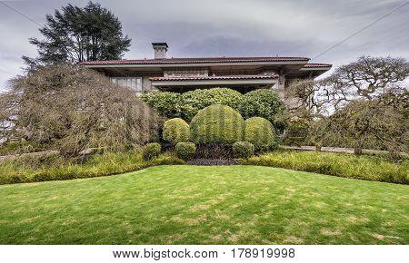 Large Mansion and garden in Portland Oregon.