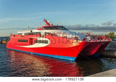 Red Cool Sea Speedboat