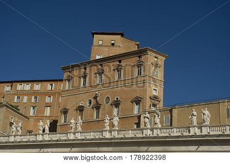 Bernini's Colonnade Details