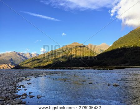 A Beautiful View Of The Makarora River In Mount Aspiring National Park On The South Island Of New Ze