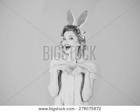 Sexy Blond Girl With Retro Makeup, Playboy. Easter, Makeup, Pinup Party, Girl In Rabbit Ears. Pinup