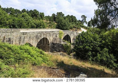 Well Preserved Bridge Of Three Arches And Inverted V Board, Built In 1652 Over The Mondego River On