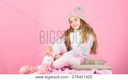 Warm Accessories That Will Keep You Cozy This Winter. Kid Girl Wear Knitted Warm Hat Relaxing Pink B