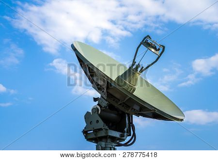 Air Defense Radar Of Military Mobile