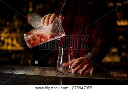 Barman Pouring Fresh And Tasty Cool Bittersweet Red Cocktail