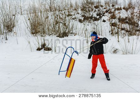The Boy Throws Sleds, The Movement Is Imprisoned